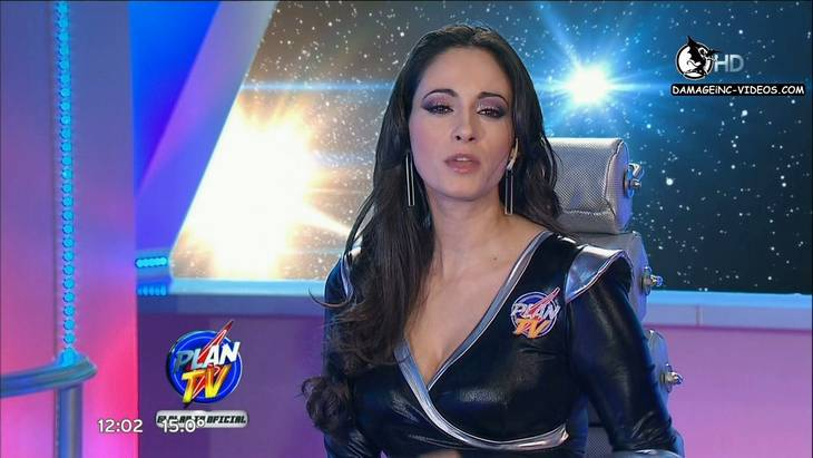 Argentina Journalist Gabriela Sobrado hot cleavage
