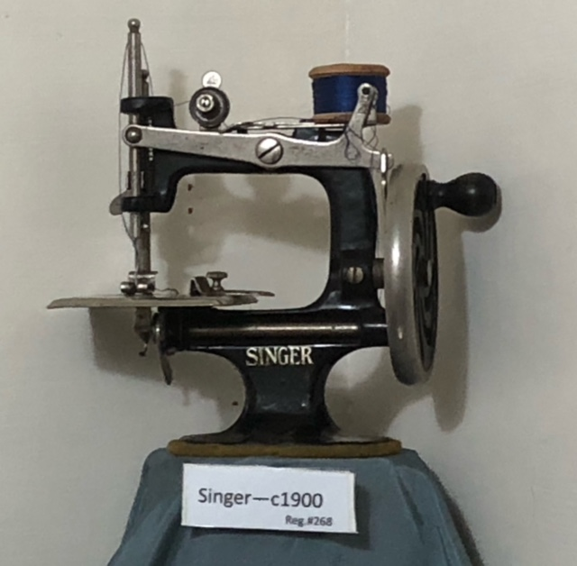 PP Blog Old Sewing Machines Interesting Sewing Machine World Onehunga