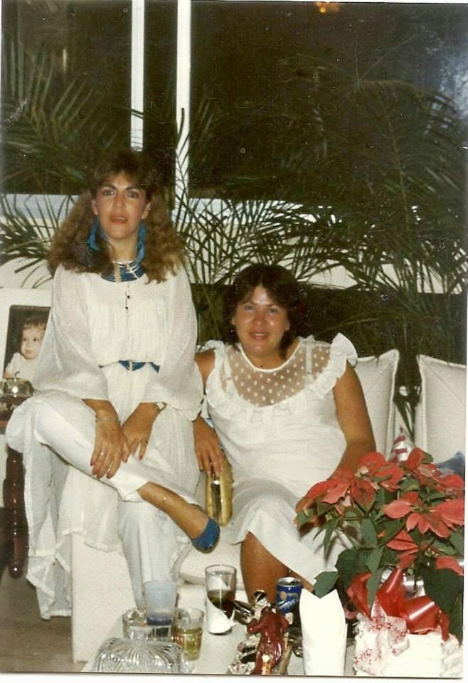 Loly Señaris Calviño y María Rodrigez.