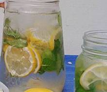 Resep Cara Membuat Lemon Infused Water Enak