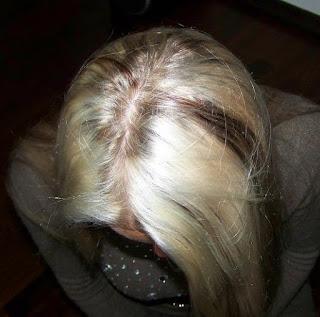 Wasze włosy u Mysi. Pigmentacja Agnieszki - z białych do naturalnego blondu