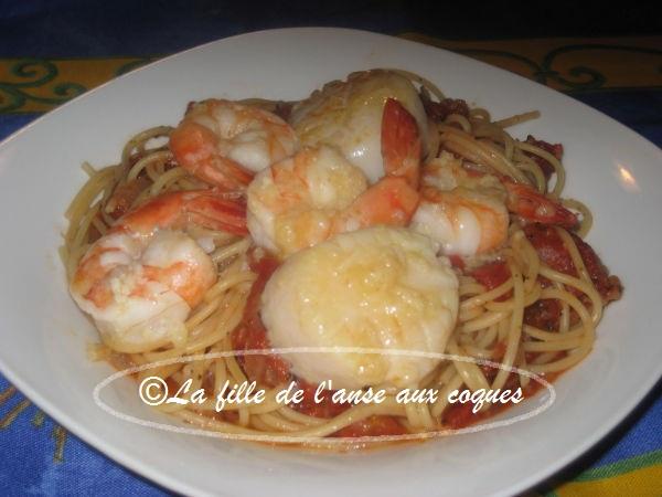 La fille de l 39 anse aux coques spaghetti la romana et aux fruits de mer - Spaghetti aux fruits de mer ...