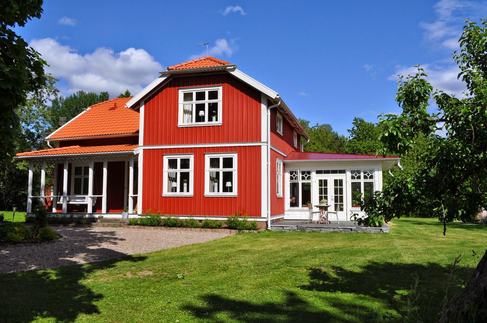 Uffes Bygg: augusti 2014