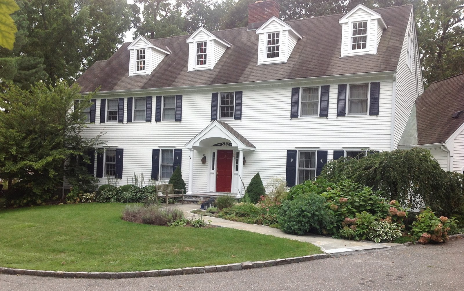 Color Forte Exterior Paint Color Consultation In Riverside Ct With Simply White Hale Navy