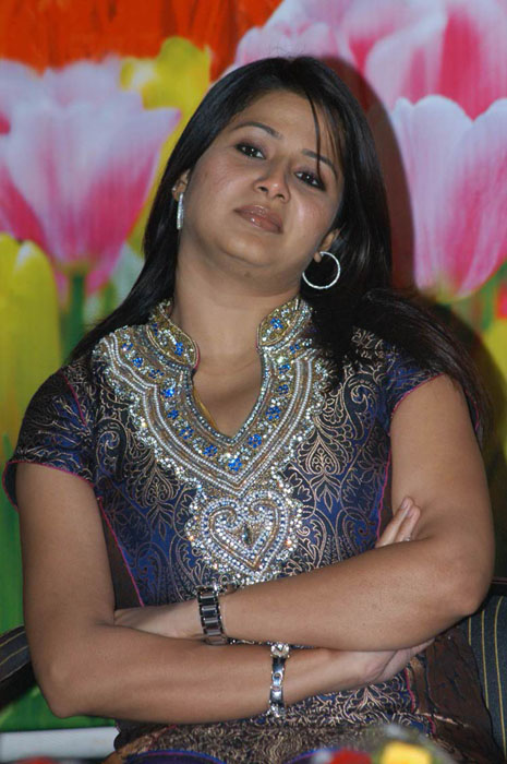 sangeetha photo gallery