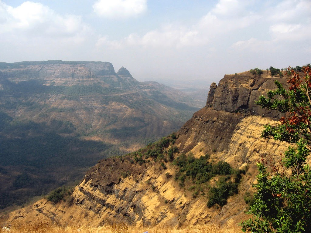 the western ghats The western ghat mountains shadow india's southwest coast, extending for a thousand miles from gujarat down to the southern tip of kerala despite running.