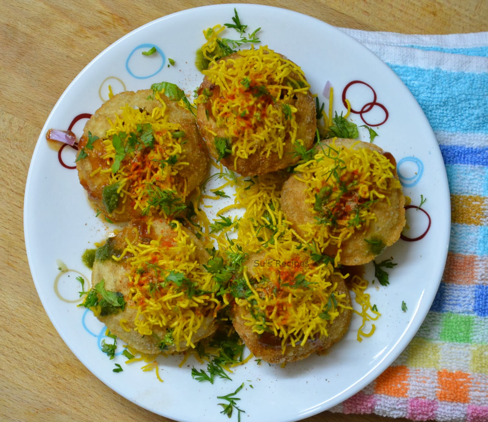 sev puri chaat, indian snack, north indian chaat