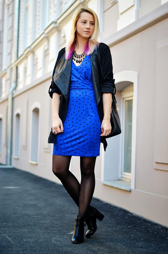 Mango polka dot blue dress H&M necklace Stradivarius cut out boots