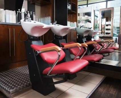 Weaveology 101 choosing a weaveologist for 101 beauty salon