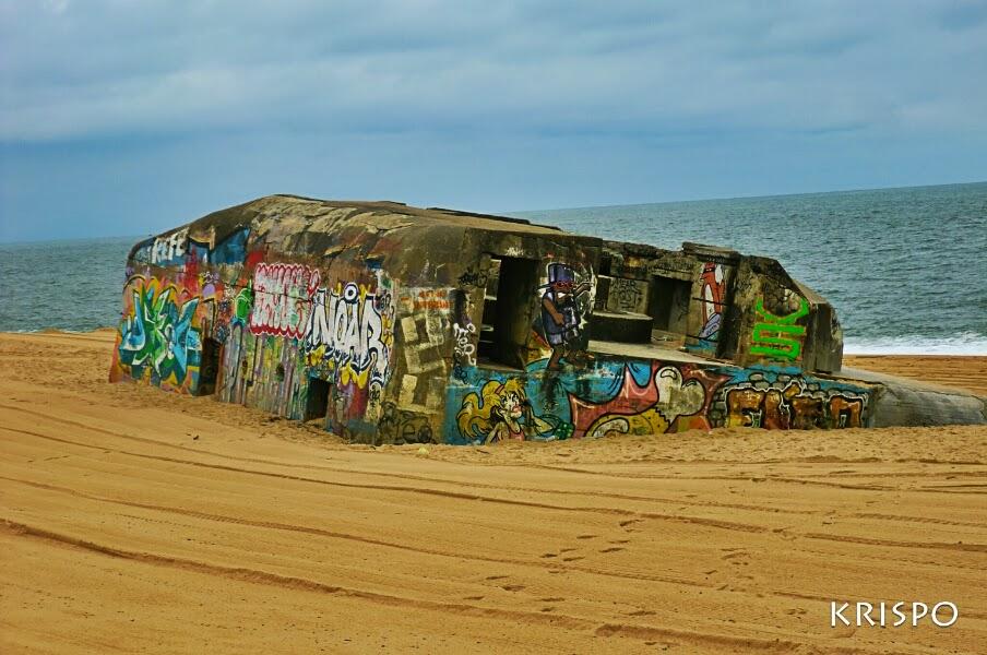 bunker semienterrado en playa de las landas