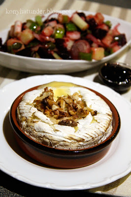 baked-Camembert-with-warm-beetroot-salad