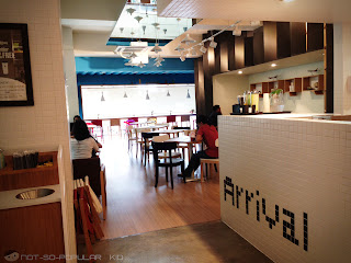 Cafe de Seoul: spacious, well-lit and cute