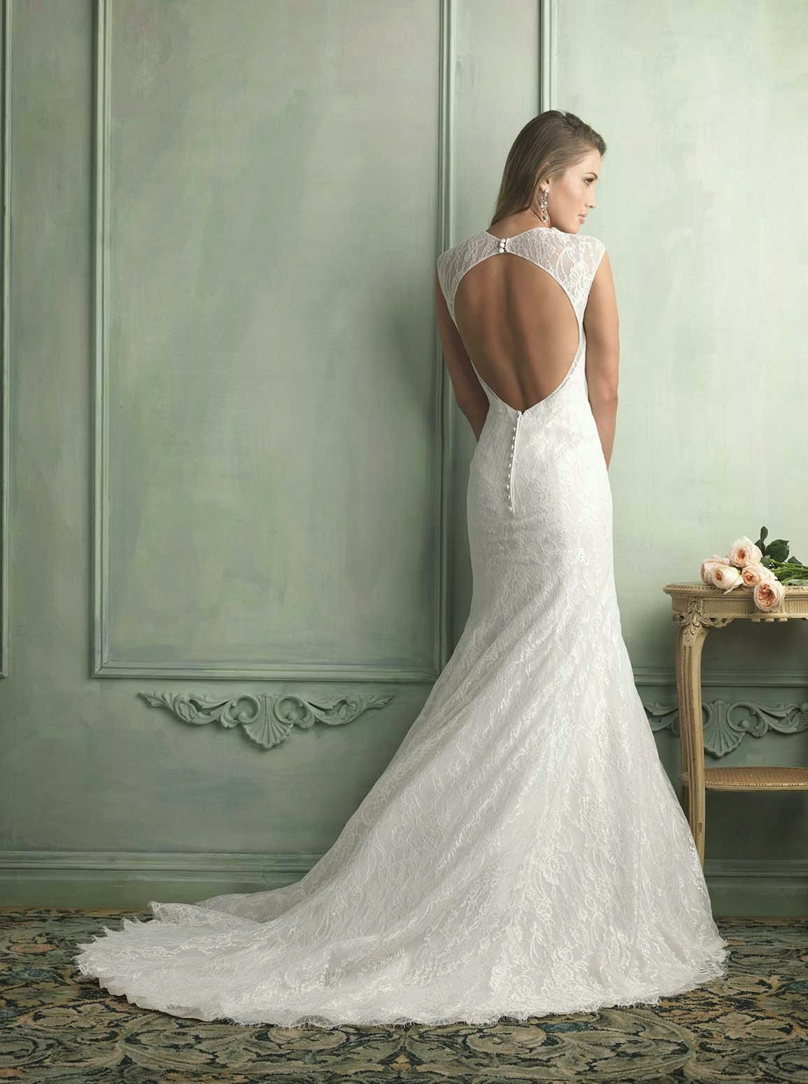 Backless white rose wedding dresses vera wang ideas for Wedding dresses with roses on them