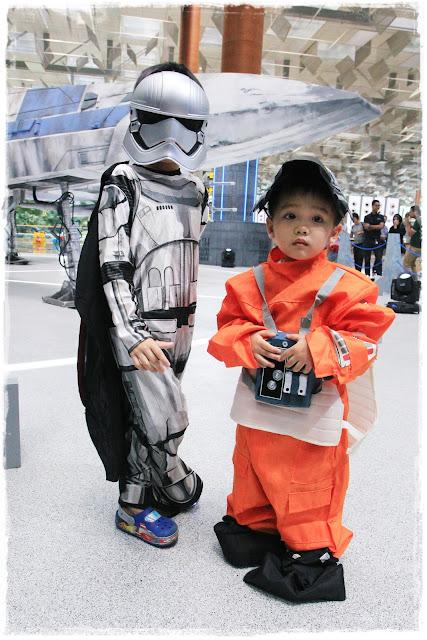 Adam tan tian kai, Ashton Tan tian yang Star Wars at Changi