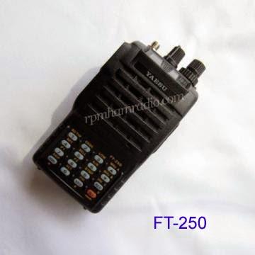 handy talky Yaesu FT 250R