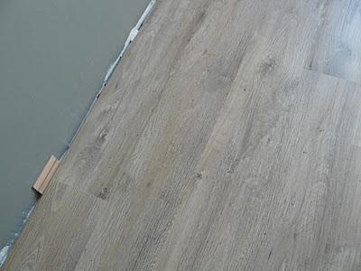 Sol stratifié chêne vieilli
