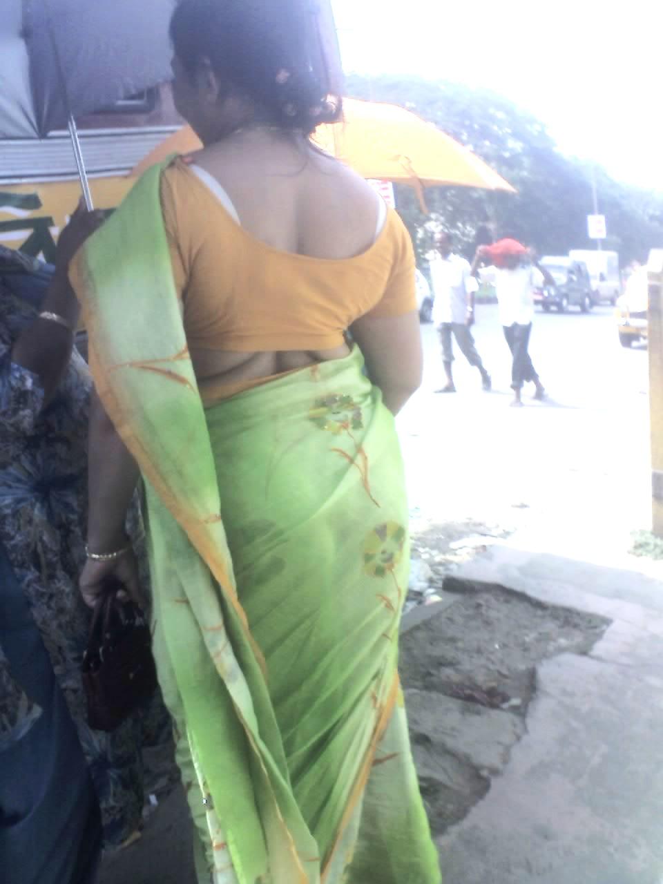 beauties of indian: saree aunties back snaps