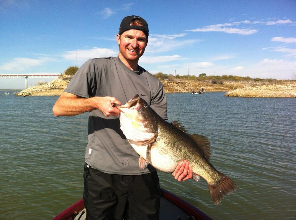 Sharelunker bass in texas bass fishing tackle and bass boats for Bass fishing texas