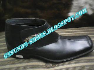 sepatu bucherri kw1