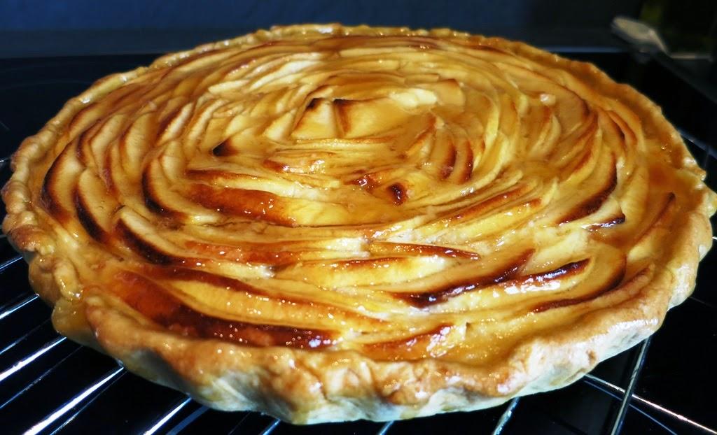 Cuisine solo tarte aux pommes - Tarte soleil aux pommes ...