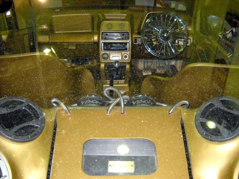 modifikasi interior mobil escudo