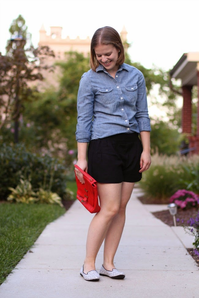 Fall Confusion | Something Good, HM loafers, soft shorts, chambray