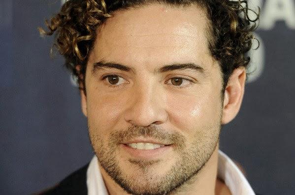 David Bisbal se convierte en actor en 'Tú y yo'. MÁS CINE. Noticias. Making Of