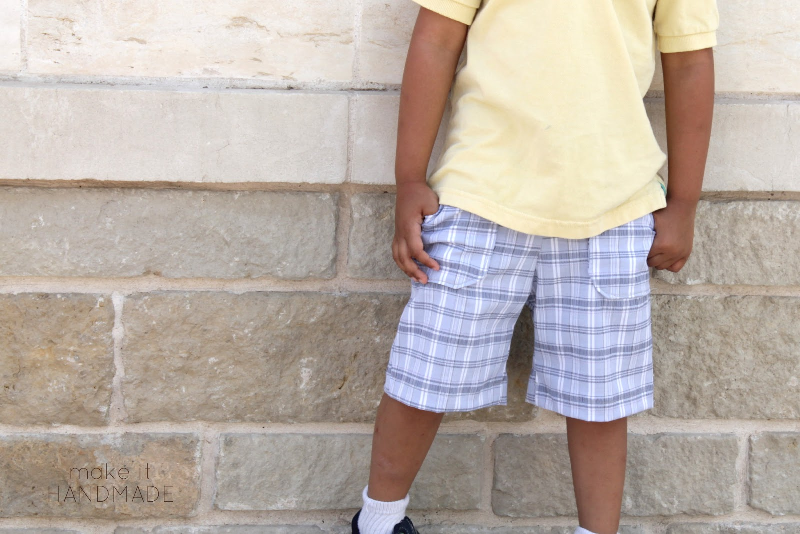 KID Shorts Pattern Review and Giveaway! Flat front pocket shorts