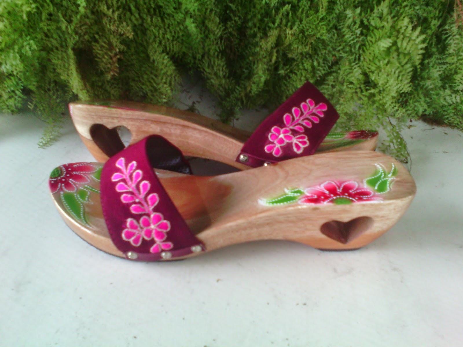 Sandal Santai Wanita Kelom Geulis Tasikmalaya