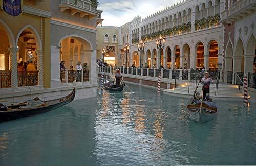 Reflejos bella venecia - Hotel las gaunas en logrono ...