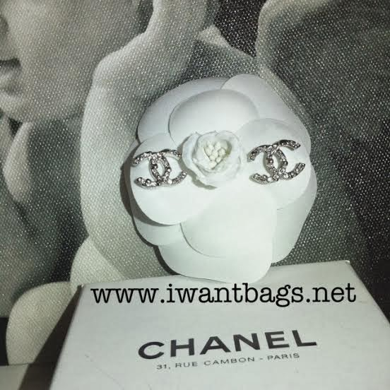 Chanel Classic Stud Earrings Chanel Classic cc Logo Stud
