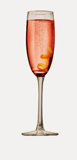 Lillet Rose sparkling cocktail