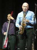 Omar González (double bass) & Javier Zalba (sax)