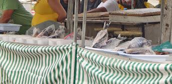 Mesmo estando no período da Piracema, é grande a oferta de peixes na feira livre de Bom Jesus do It