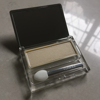 clinique eyeshadow french vanilla