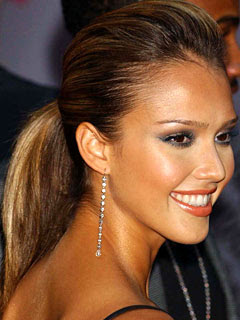 Jessica Alba Romance Hairstyles Pictures, Long Hairstyle 2013, Hairstyle 2013, New Long Hairstyle 2013, Celebrity Long Romance Hairstyles 2043