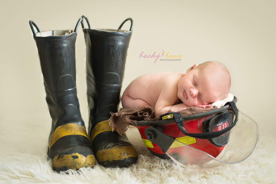 Omaha newborn photographer newborn boy photography