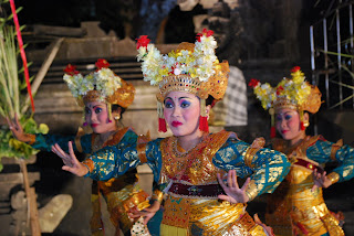 legong dance the famoust dance in bali island
