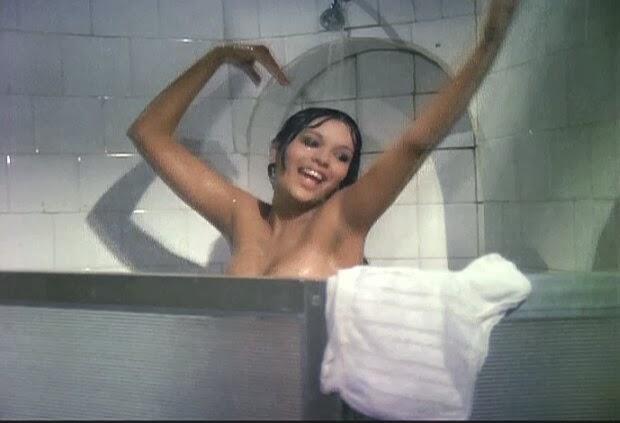 Zeenat Aman Hot Unseen Nude old photos