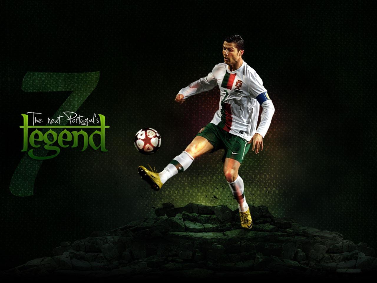 http://1.bp.blogspot.com/-SVrcS4sbBzQ/UOZl5mLm5zI/AAAAAAAAG1A/EhiiIy-9oZE/s1600/Cristiano+Ronaldo+hd+Wallpapers+2013_1.jpg