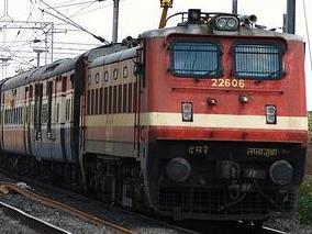 Manmad, Nizamuddin,Super Fast, festival Special Trains