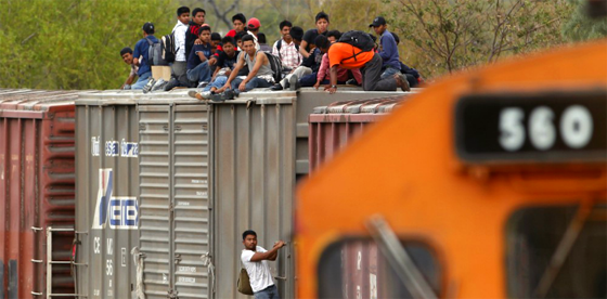 "The United States is funding a ""ferocious crackdown"" on Central Americans migrating through Mexico. (Sdp Noticias)"