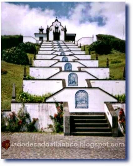 Imagem da Ermida de Nossa Senhora da Paz, em Vila Franca do Campo, na Ilha de São Miguel, Açores, Portugal
