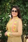 Sonia Agarwal latest glam pics-thumbnail-24