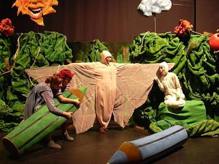 """""""El Gusanito que quería volar"""" en Teatro Gurdulú"""