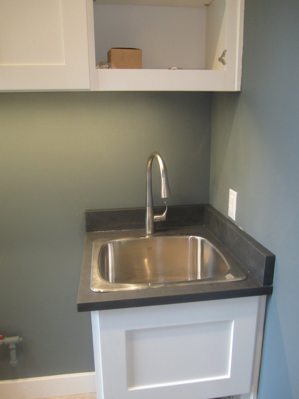 Deep Utility Sink With Cabinet : Posted by Pro at 11:18 AM