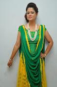 Shilpa chakravarthy sizzling photos-thumbnail-14