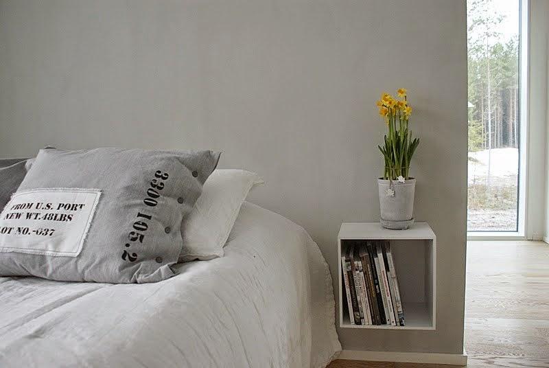 narsissi, moderni makuuhuone, valkoinen