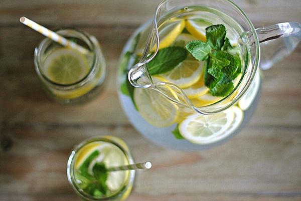 Konsumsi Sassy Water dapat Buat Perut Rata dalam 4 Hari!! BEGINI Cara Membuatnya