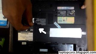 cara buka ram laptop